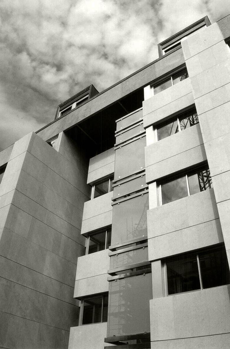 Vb landtrade fachada ventilada archivos vb landtrade for Oficinas santander malaga